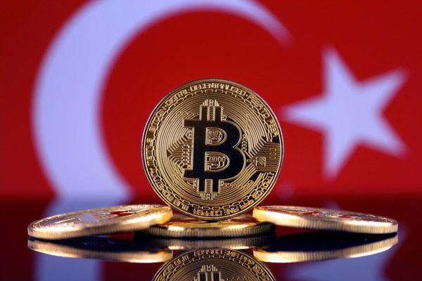 Τρέλα για το Bitcoin στην Τουρκία! «Έκρηξη» συναλλαγών μετά τη νέα χειροβομβίδα Ερντογάν στην τουρκική οικονομία