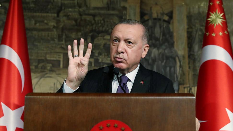 Τούρκος αναλυτής ξεσκεπάζει τον Ερντογάν: «Δώρο Θεού η επιστολή των ναυάρχων» – «Λευκή επιταγή» για τις Ένοπλες Δυνάμεις