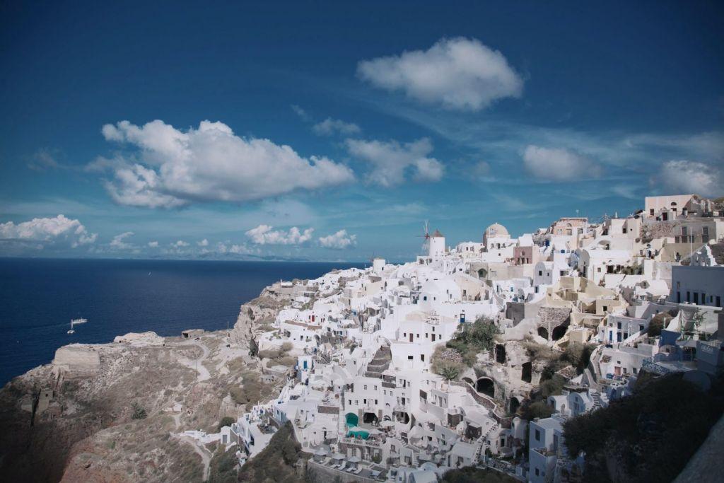 Το Στέιτ Ντιπάρτμεντ καλεί τους Αμερικανούς να μην ταξιδεύουν σε 131 χώρες – Ανάμεσα τους και η Ελλάδα