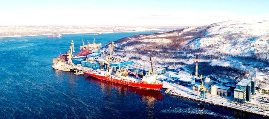 Μια τουρκική πλωτή δεξαμενή για τη ρωσική Αρκτική