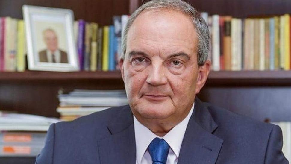 Κώστας Καραμανλής σε Κ. Σημίτη: «Δεν διαπραγματευόμαστε εθνική κυριαρχία και δεν την θέτουμε στην κρίση κανενός»