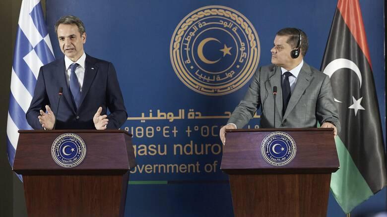 Στου Μαξίμου έχουν καταλάβει τι έγινε στη Λιβύη;