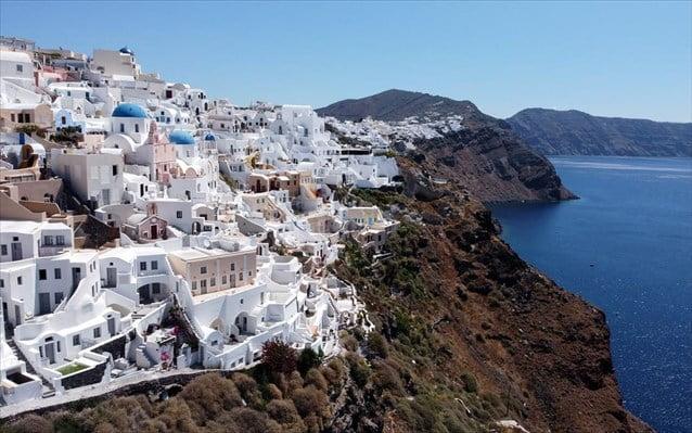 Ο γερμανικός Τύπος «υμνεί» τις διακοπές στην Ελλάδα