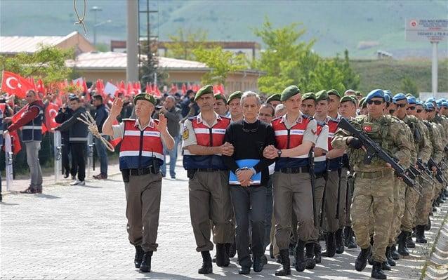 Ισόβια σε 22 στρατιωτικούς για την απόπειρα πραξικοπήματος το 2016 στην Τουρκία
