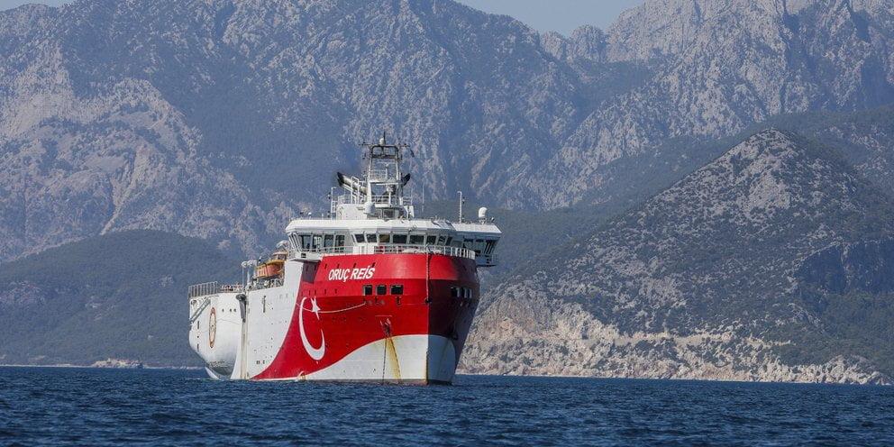 Τουρκικό γεωτρύπανο με στόχο Ελληνική ΑΟΖ και τουρισμό σε Κύπρο και Ελλάδα