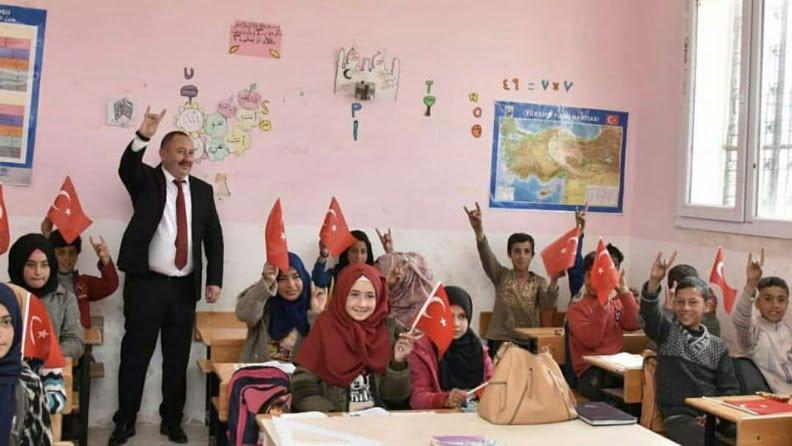 Η Τουρκία συνεχίζει τη δημογραφική αλλαγή, περικυκλώνει το Αφρίν με ξένους τζιχαντιστές