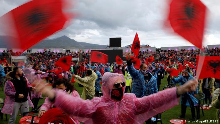 Η ελληνική μειονότητα και οι αλβανικές εκλογές
