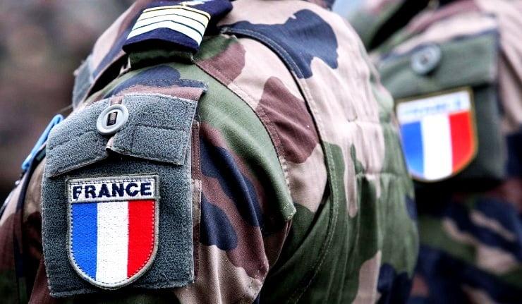 Απροσδόκητα Επακόλουθα της Διακήρυξης των Στρατηγών στην Γαλλία Διευρυνόμενο Λαϊκό Ρεύμα Συμπαράστασης