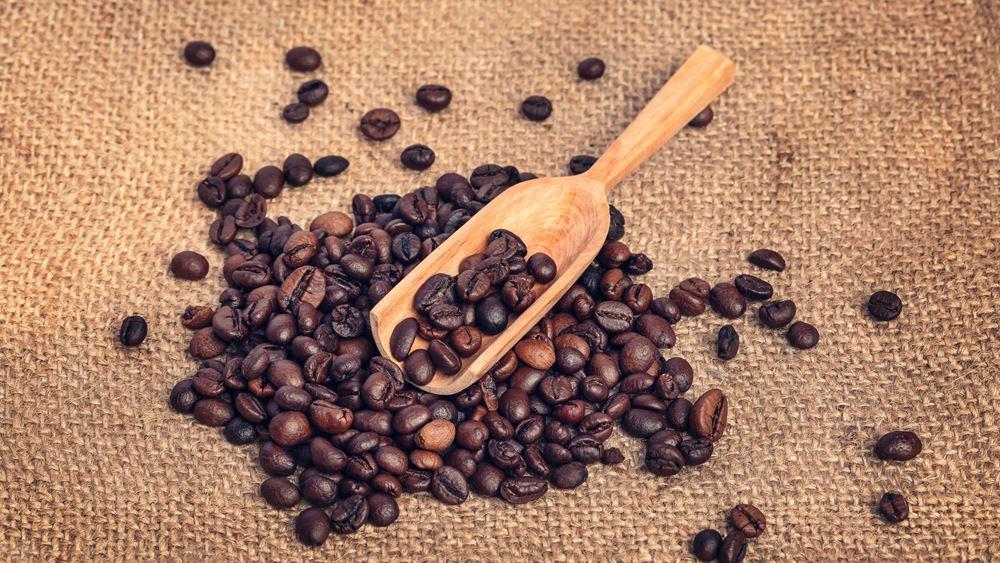 """Η """"μαφία"""" του καφέ και τα πλοκάμια της στην Ελλάδα"""
