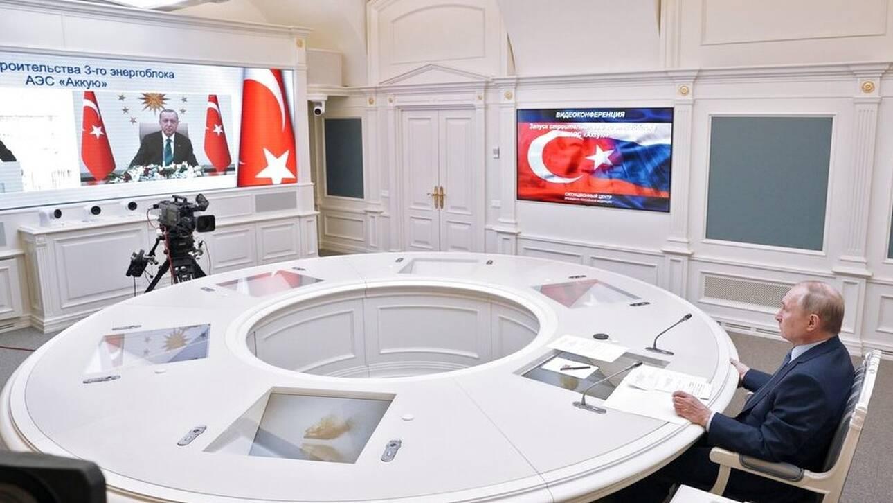 Πούτιν και Ερντογάν συζήτησαν για συμπαραγωγή του ρωσικού εμβολίου Sputnik-V στην Τουρκία