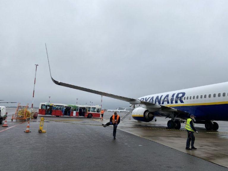 Bloomberg: Έλληνας μεταξύ των επιβατών που κατέβηκαν στη Λευκορωσία από την πτήση της Ryanair