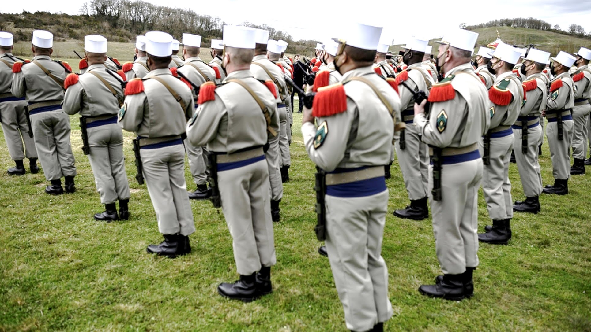 Γαλλία, Η ανοιχτή επιστολή των πρώην στρατιωτικών: συνωμοσία εναντίον της Δημοκρατίας;