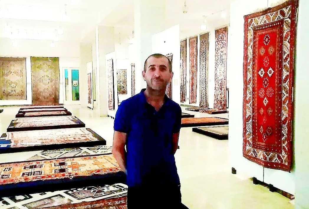 Ένας σύγχρονος ήρωας! Πως ο Αρσέν Χατσατριάν διέσωσε έργα αρμενικού πολιτισμού την ώρα που έπεφταν βόμβες στο Αρτσάχ