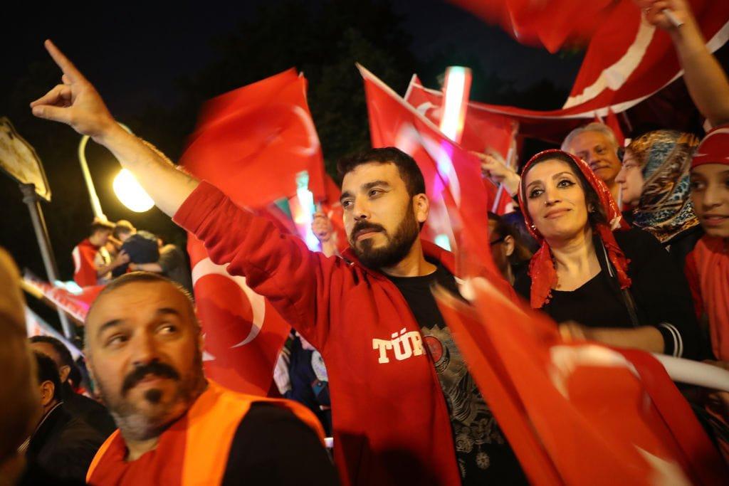 Η μεγαλύτερη εξτρεμιστική ομάδα της Γερμανίας είναι τουρκική και όχι γερμανική