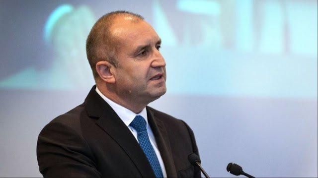 Πρόεδρος Βουλγαρίας Ρούμεν Ράντεφ: Δεν δεχόμαστε πιέσεις για τα Σκόπια…