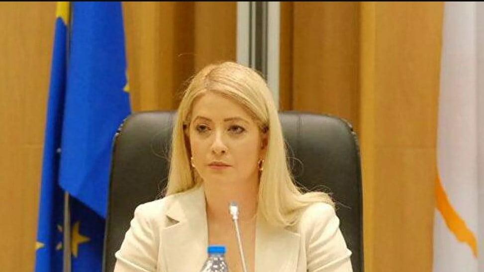 Αννίτα Δημητρίου: Ποια είναι η 36χρονη, πρώτη γυναίκα πρόεδρος της κυπριακής Βουλής