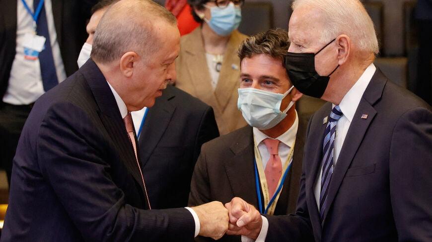 Al Monitor για ΝΑΤΟ: Δεν υπήρχε χημεία Μπάιντεν – Ερντογάν, ούτε έσπασε ο πάγος – Υποτονικός ο Ερντογάν