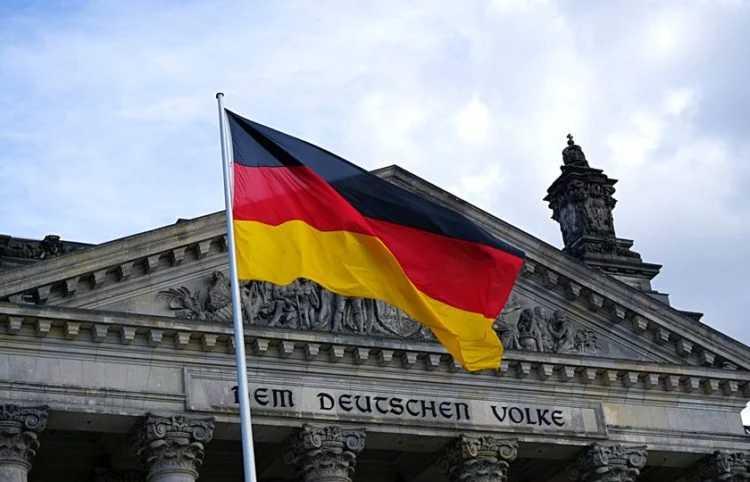 Προκλητικοί οι Γερμανοί: Υπονομεύουν τα εθνικά μας συμφέροντα