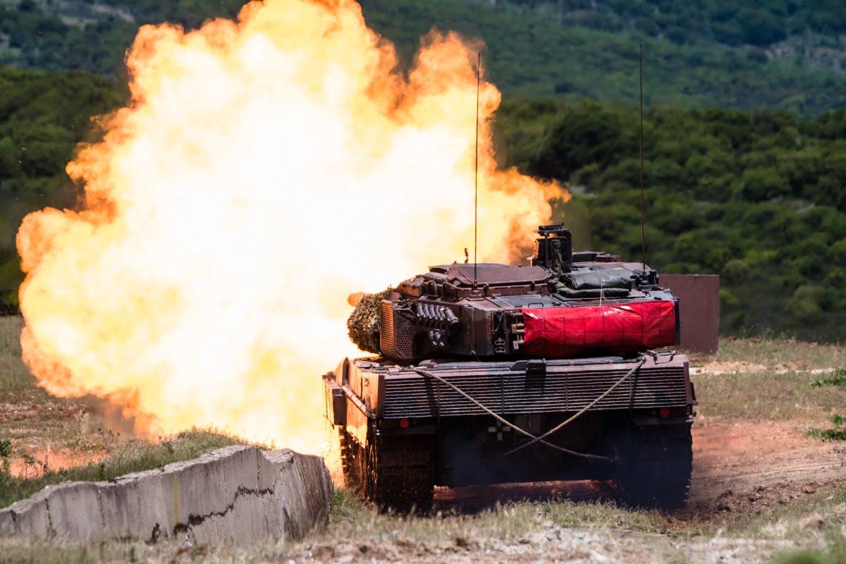 Άστραψαν και βρόντηξαν τα άρματα της XXV Τεθωρακισμένης Ταξιαρχίας σε κοινή άσκηση με τις ΗΠΑ (βίντεο)