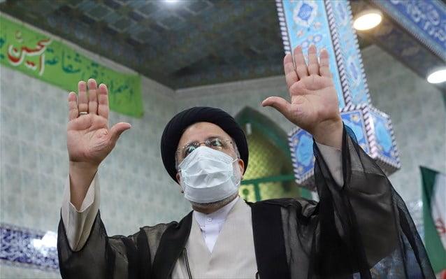 Ιράν: Φαβορί ο υπερσυντηρητικός Ραϊσί στις εκλογές