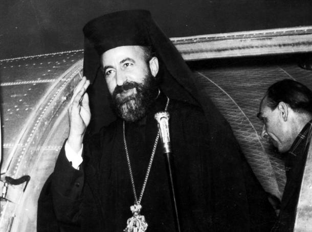 1974: Φάκελος Κύπρου, Μακάριος, Κάλαχαν και Ετζεβίτ