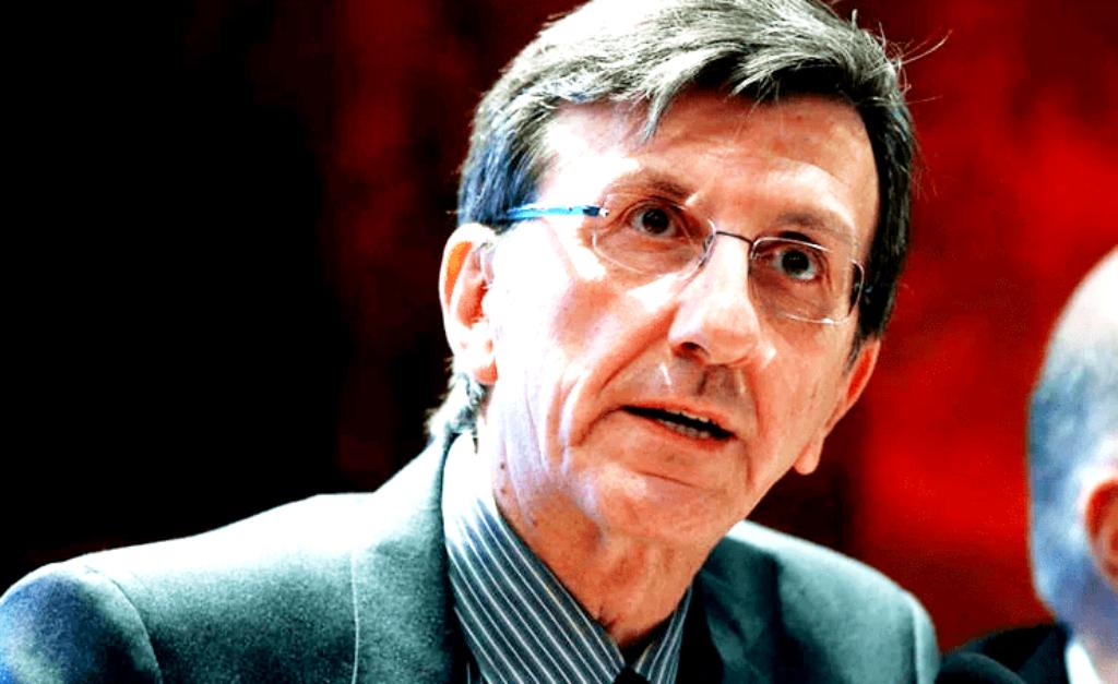 Όχι, κύριε Πορτοσάλτε, οι ανεμβολίαστοι δεν θα χρεώνονται τα νοσήλια τους