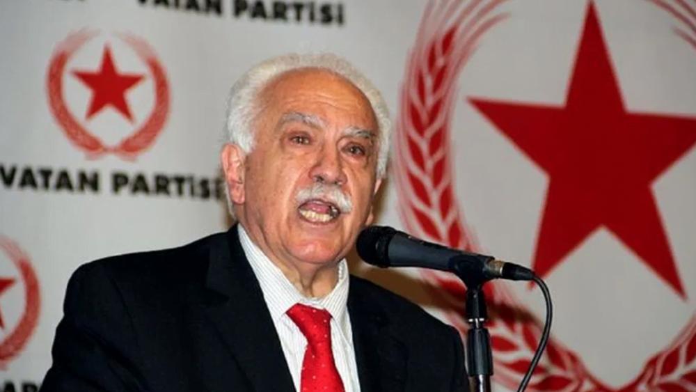 """Ο """"αριστερός"""" Ντογού Περιντσέκ αντιπροσώπευσε την Τουρκία στο διαδικτυακό σεμινάριο της Ισλαμικής Συνελεύσεως"""