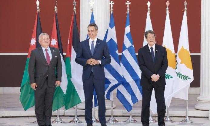 Κοινή δήλωση Μητσοτάκη, Αναστασιάδη, Αλ Χουσεΐν: Δέσμευση για σταθερότητα στη Μεσόγειο – Σεβασμός στο Διεθνές Δίκαιο