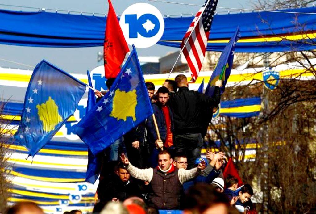 """Αναγνωρίζουν το Κόσοβο, ανοίγουν τον δρόμο για Κύπρο και Θράκη, """"κατεδαφίζουν"""" το ελληνικό εθνικό σχέδιο"""
