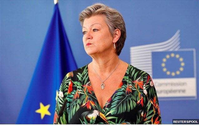 Αφγανιστάν: «Η ΕΕ μπορεί να αποφύγει μια μεταναστευτική κρίση», λέει η Ί. Γιόχανσον