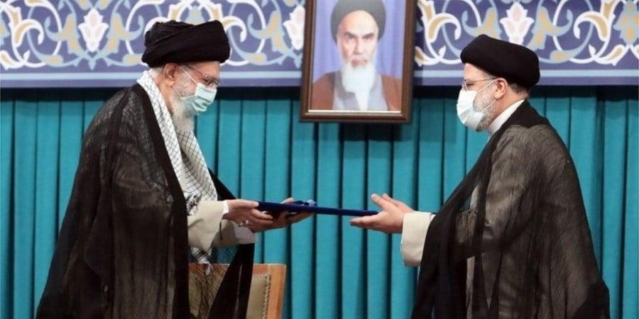 Ιράν: Ορκίστηκε ενώπιον του Κοινοβουλίου ο νέος πρόεδρος Εμπραχίμ Ραϊσί