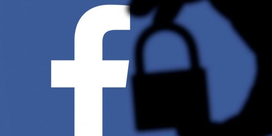 Facebook: Έκλεισε λογαριασμούς που διέδιδαν «fake news» για τα εμβόλια