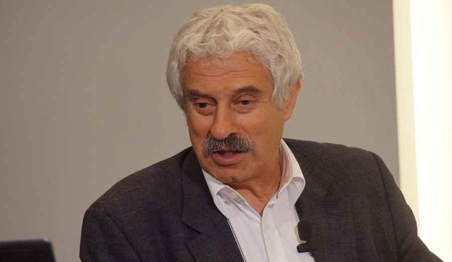 Παντελής Σαββίδης: Το τέλος του παλαιού κόσμου