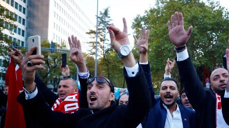 Αμερικανική τροπολογία ζητά να χαρακτηριστούν ως τρομοκράτες οι γκρίζοι λύκοι της Τουρκίας