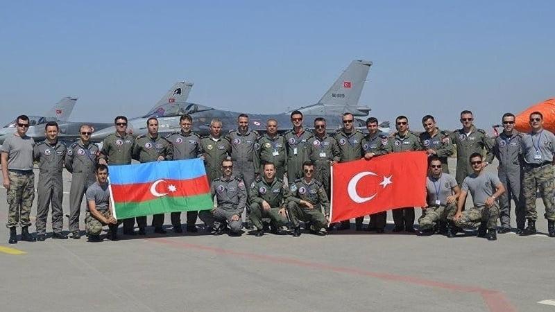 Αυτό συγκρατήστε το! Η Τουρκία καταλαμβάνει σταδιακά (και) το Αζερμπαϊτζάν