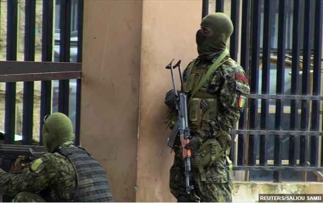 Γουινέα: Οι ΗΠΑ καταδικάζουν την ανατροπή του προέδρου Άλφα Κοντέ από στρατιωτικούς