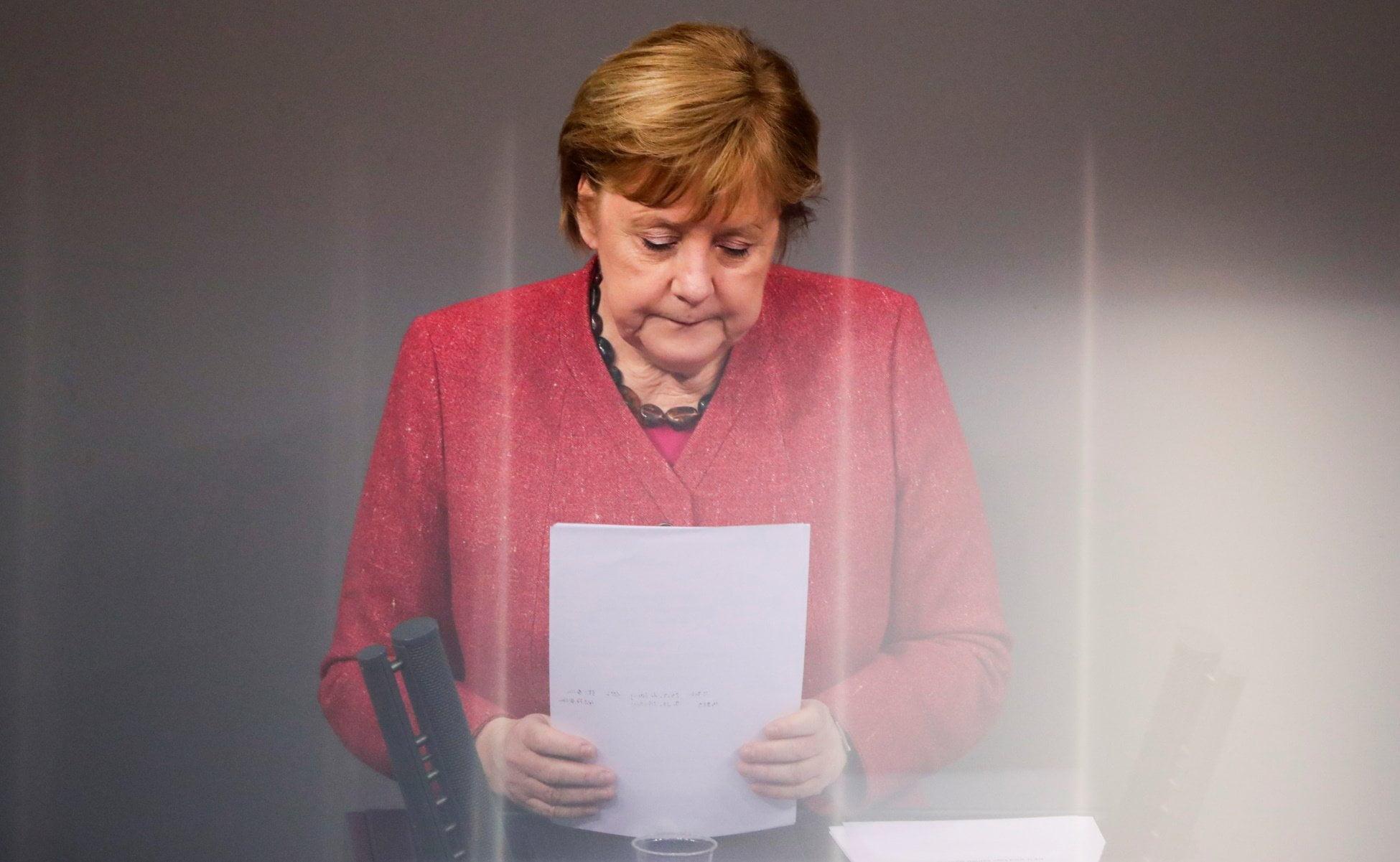 Ποιος φταίει για τη δημοσκοπική συντριβή του κόμματος της Μέρκελ