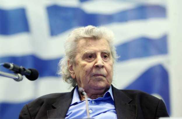 Όταν ο Μίκης Θεοδωράκης επισκέφθηκε τους Έλληνες της Βορείου Ηπείρου