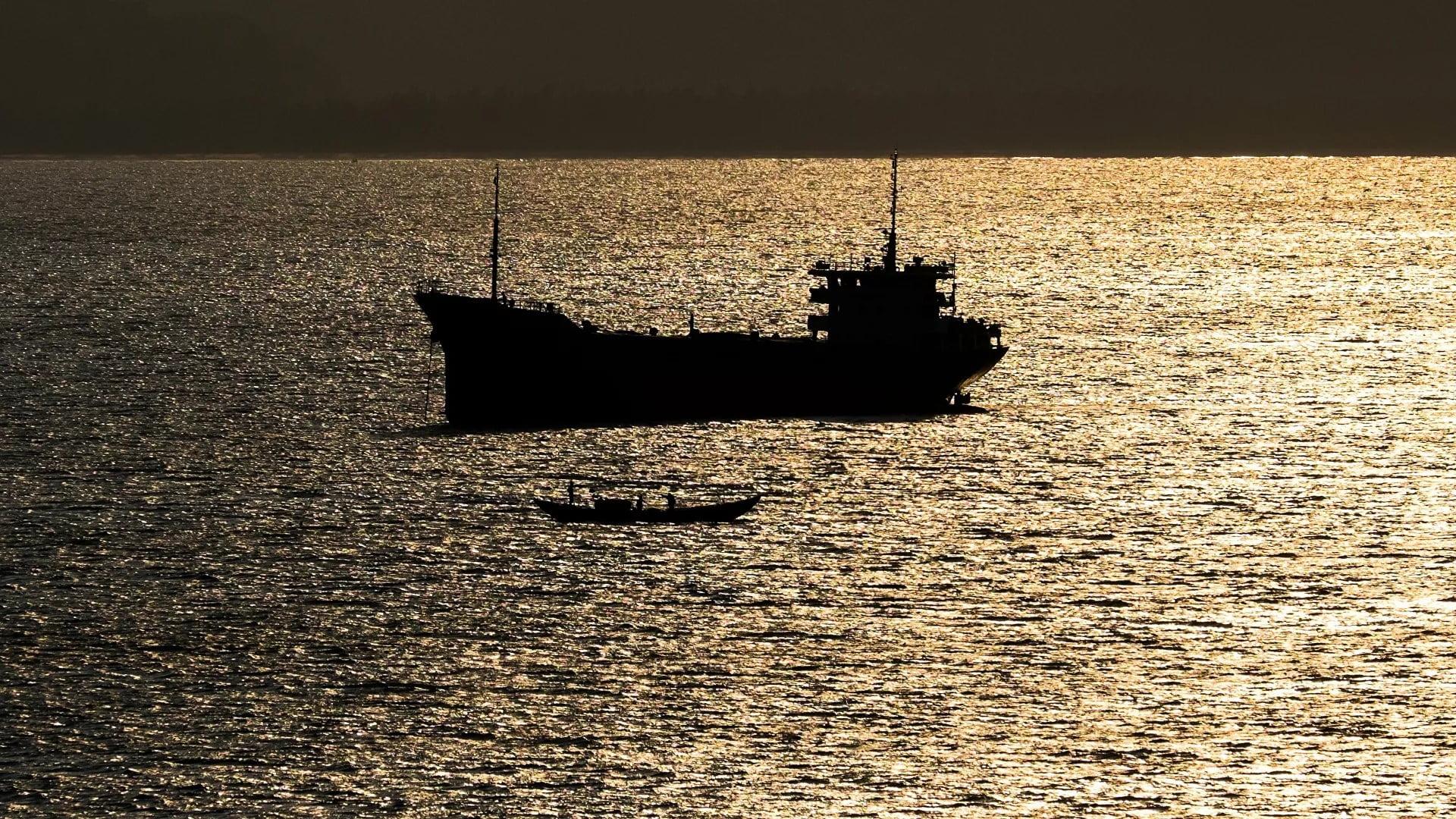 Σύγκρουση ρωσικού με τουρκικό εμπορικό πλοίο στον Βόσπορο