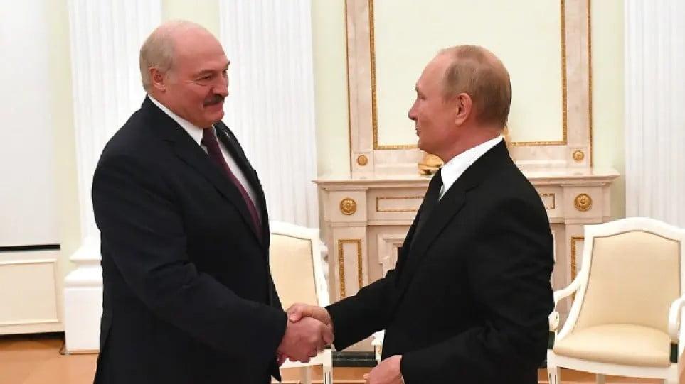 Ρωσία: Τα στρατιωτικά γυμνάσια με τη Λευκορωσία «ανησυχούν» τη Δύση