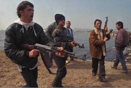 """Η επιχείριση """"Κοσμάς Αιτωλός"""" το 1997 στην Αλβανία από τις ελληνικές ΕΔ και οι παραλληλισμοί με το Αφγανιστάν"""