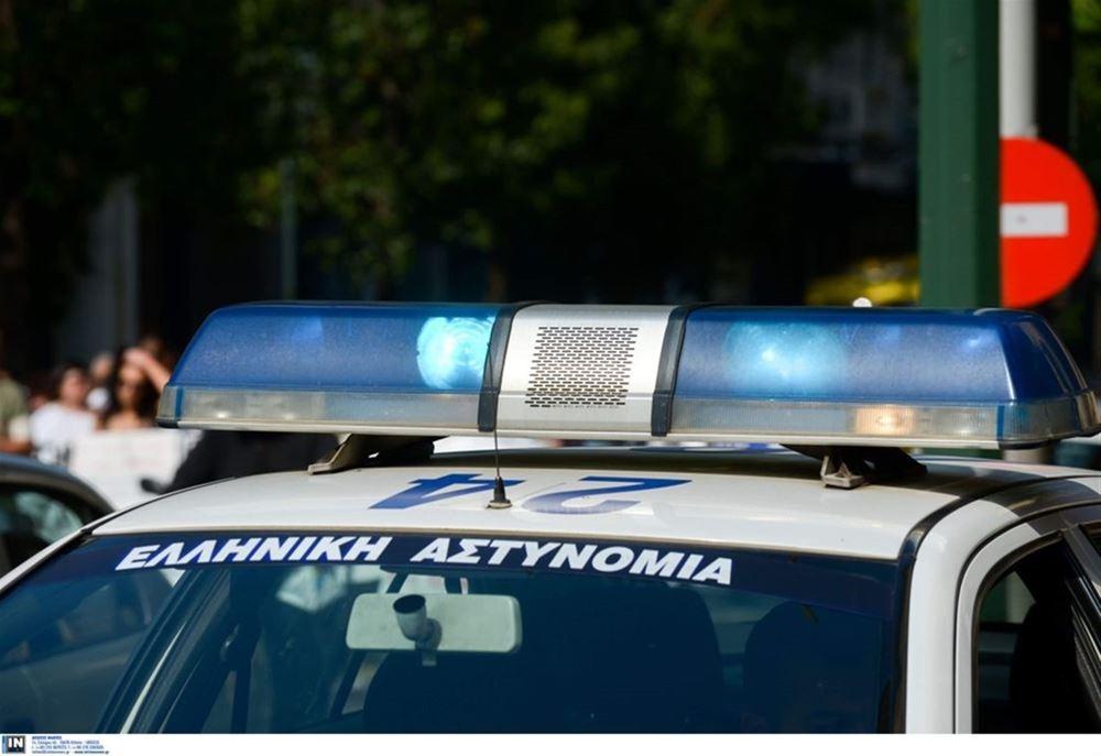 Θεσσαλονίκη: Καταδίωξη διακινητών μεταναστών- Έσπασαν τη μπάρα στα διόδια Ασπροβάλτας