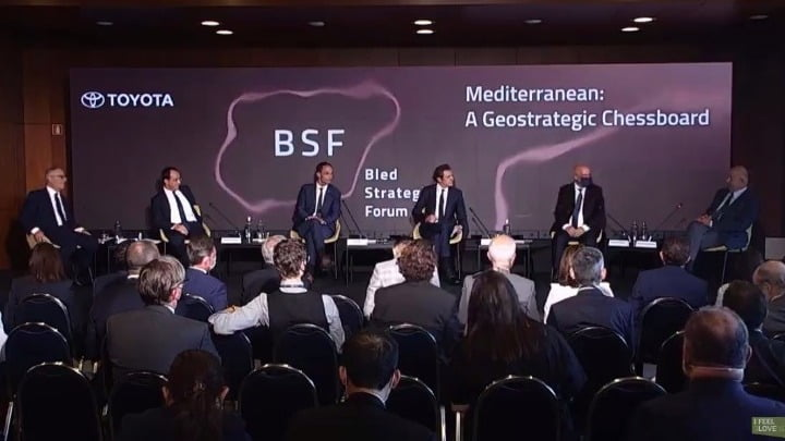 """Δένδιας στο «2021 Bled Strategic Forum»: """"Υπάρχει αλλαγή στη στρατηγική αρχιτεκτονική της περιοχής της Μεσογείου"""""""