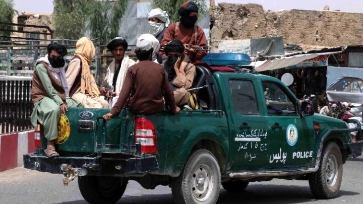 Ε.Ε.: Θα συνεργαστούμε υπό όρους με τους Ταλιμπάν, αλλά δεν θα τους αναγνωρίσουμε