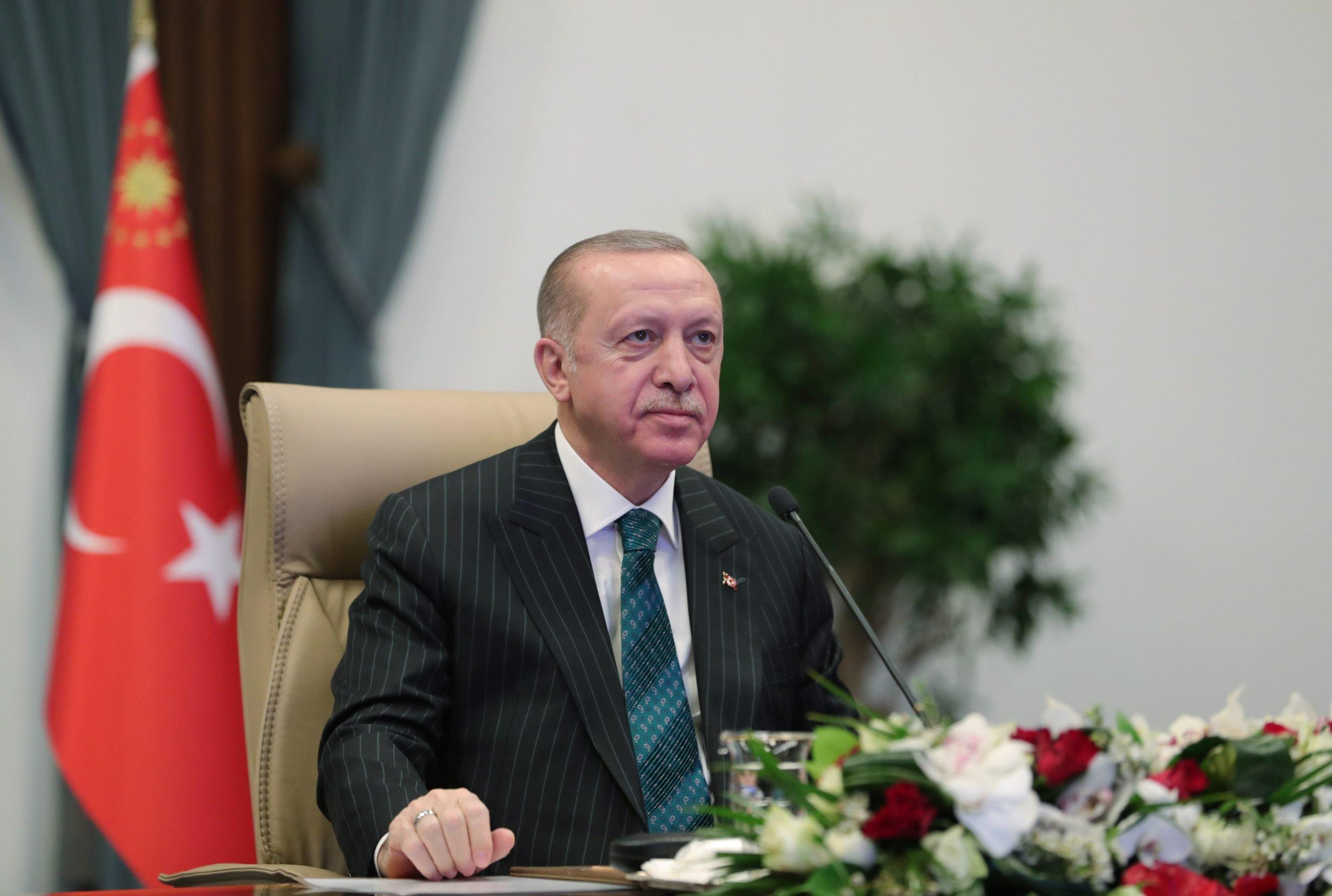 Άκρως προκλητικός ο Ερντογάν: Πριν από 100 χρόνια πετάξαμε τον εχθρό στη θάλασσα της Σμύρνης